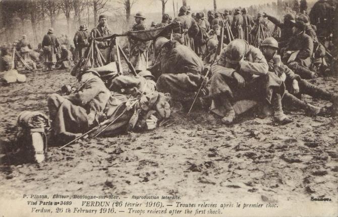 Soldats et sapeur durant la bataille de Verdun 1916 pendant la Première Guerre Mondiale