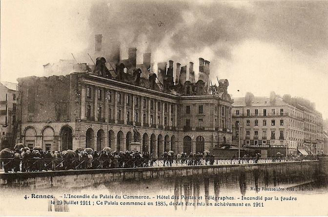 Incendie du Palais du Commerce de Rennes